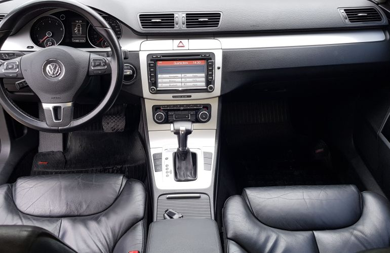 Volkswagen Passat Comfortline 2.0 FSI Turbo - Foto #6