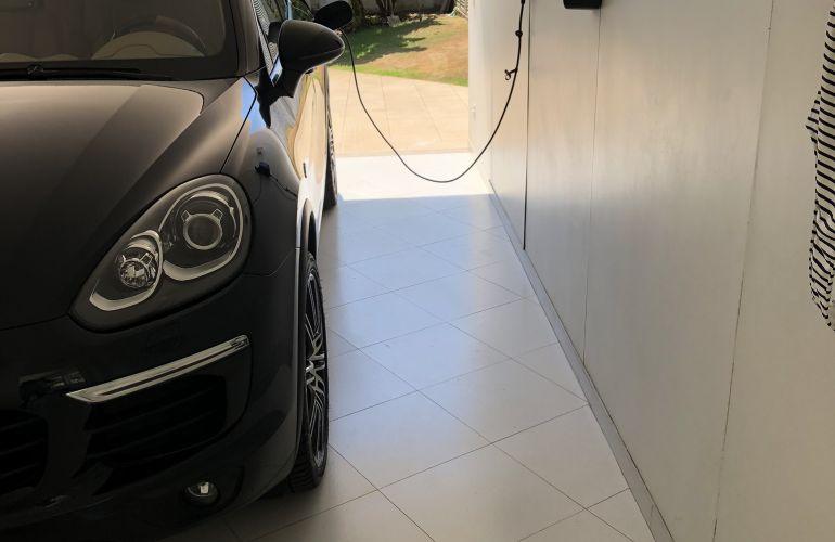 Porsche Cayenne 3.0 S E-Hybrid 4WD - Foto #4