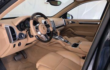 Porsche Cayenne 3.0 S E-Hybrid 4WD - Foto #9