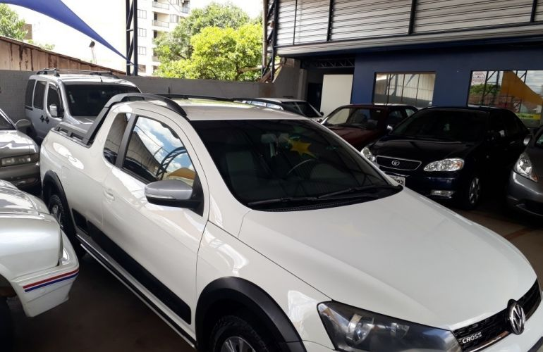 Volkswagen Saveiro Cross 1.6 16v MSI CE (Flex) - Foto #2