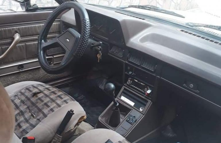 Ford Del Rey Sedan GLX 1.6 - Foto #3