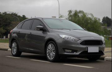 Ford Focus Sedan 2.0 16V (Aut) - Foto #1
