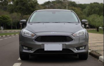 Ford Focus Sedan 2.0 16V (Aut) - Foto #2