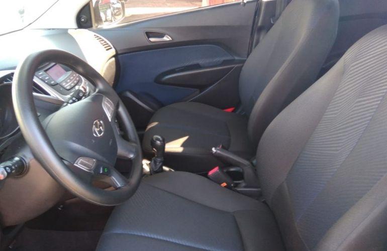 Renault Clio Sedan Authentique 1.0 16V - Foto #10