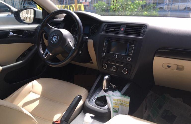 Volkswagen Jetta 2.0 Comfortline (Flex) - Foto #4