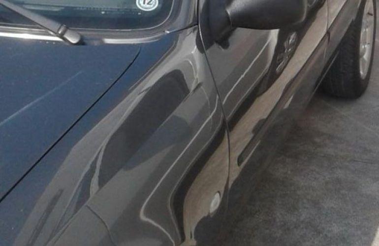 Ford Fiesta Sedan Street 1.0 MPI 8V - Foto #2