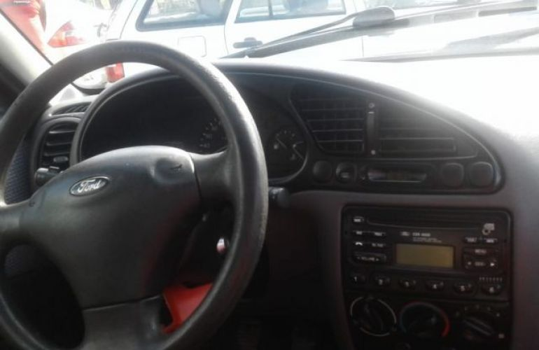 Ford Fiesta Sedan Street 1.0 MPI 8V - Foto #6