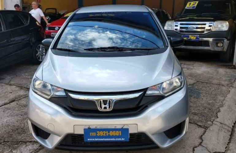 Honda Fit DX 1.5 i-VTEC FlexOne - Foto #1