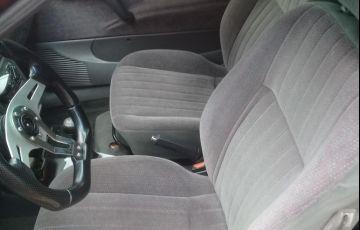 Chevrolet Corsa Hatch GL 1.4 EFi - Foto #8