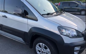 Fiat Idea Adventure 1.8 16V Dualogic (Flex) - Foto #4