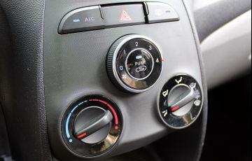 Hyundai HB20S 1.6 Comfort Style (Aut) - Foto #5