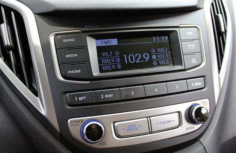 Hyundai HB20S 1.6 Comfort Style (Aut) - Foto #6