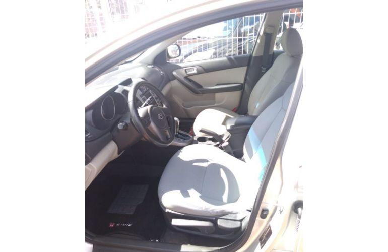 Kia Cerato EX 1.6 16V (aut) - Foto #7