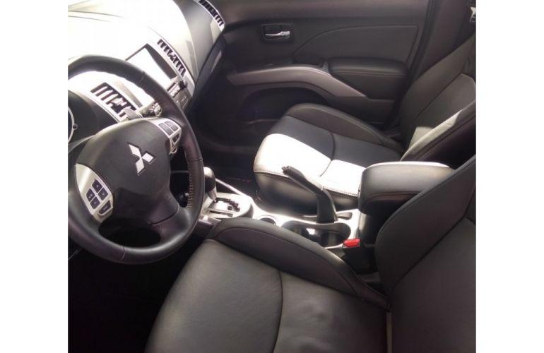 Mitsubishi Outlander 2.0  5L CVT - Foto #1