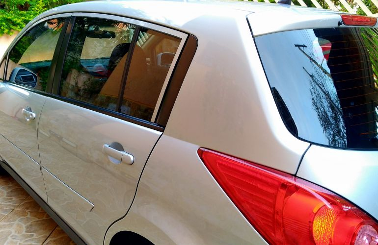 Nissan Tiida S 1.8 (flex) - Foto #3