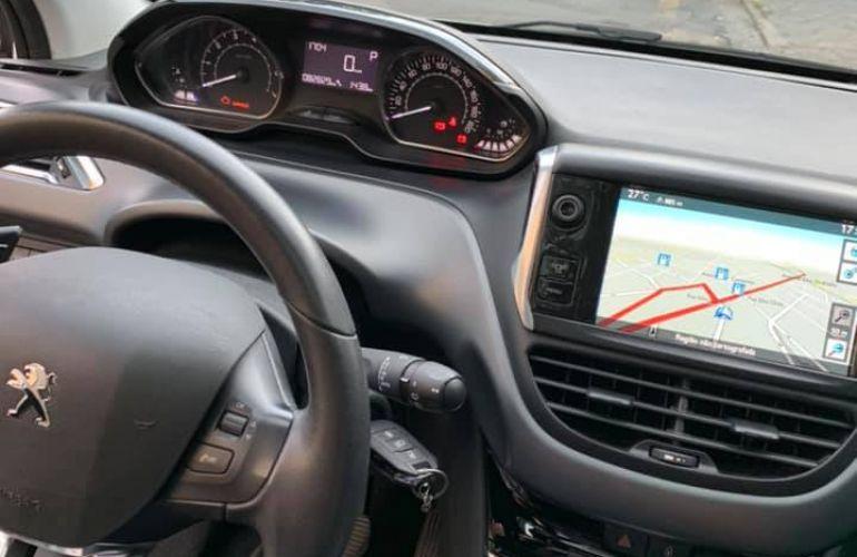Peugeot 208 Griffe 1.6 16V (Flex) (Aut) - Foto #5