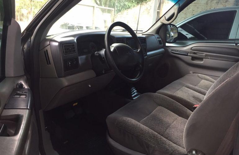 Ford F-250 XLT 4x2 3.9 (Cab Simples) - Foto #5