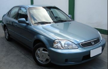 Honda Civic Sedan LX 1.6 16V (Aut)