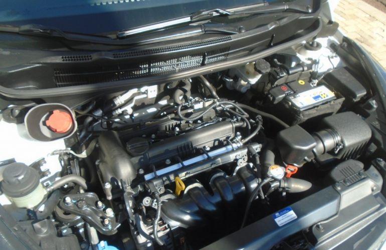 Hyundai HB20X Premium 1.6 (Aut) - Foto #6