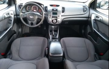 Kia Cerato EX 1.6 16V - Foto #6