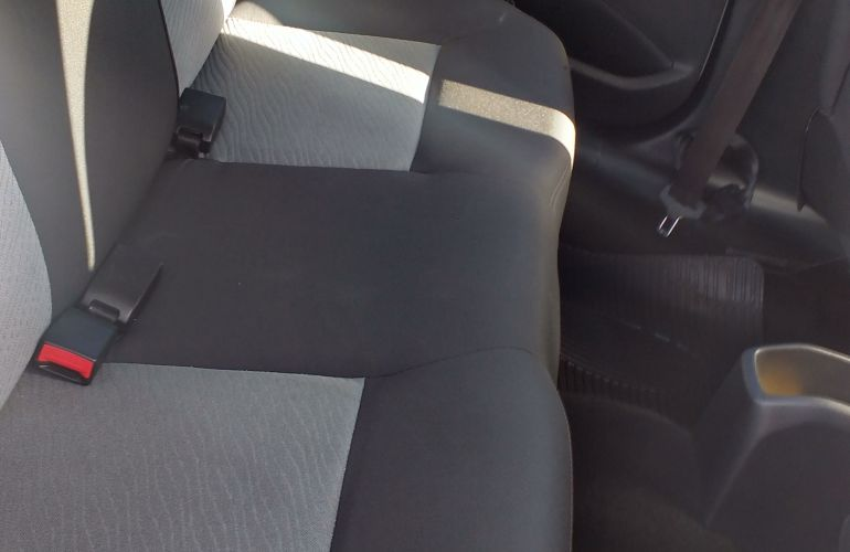 Peugeot 208 1.5 8V Allure (Flex) - Foto #2