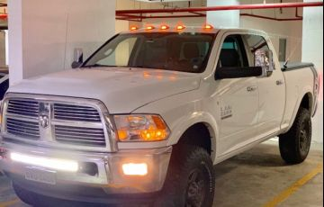 Dodge Ram 6.7 4x4 Laramie - Foto #6