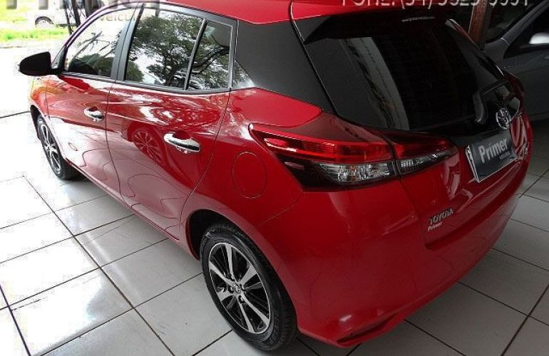 Toyota Yaris HB XLS15 - Foto #3