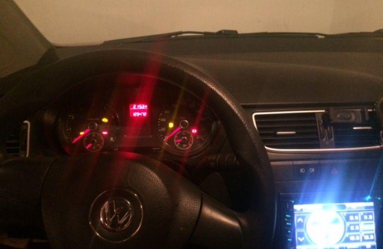 Volkswagen Fox 1.0 TEC (Flex) 4p - Foto #4