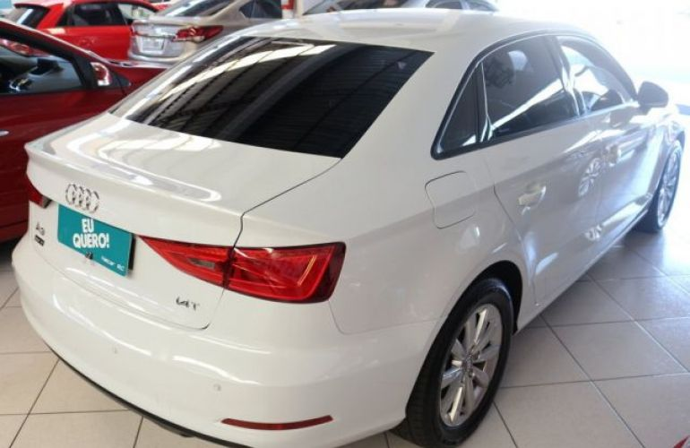 Audi A3 Sedan Attraction S-Tronic 1.4 TFSI 122 cv - Foto #10