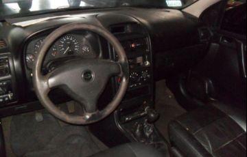 Chevrolet Astra GLS 2.0 Mpfi 8V - Foto #4