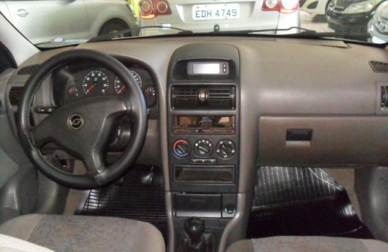 Chevrolet Astra Sedan 2.0 Mpfi 8V - Foto #7
