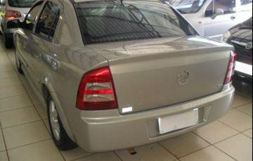 Chevrolet Astra Sedan 2.0 Mpfi 8V - Foto #10