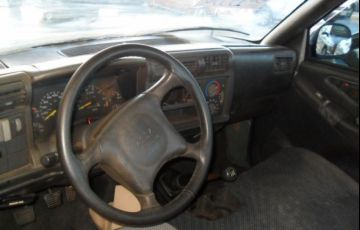 Chevrolet S10 4X2 Cabine Simples 2.2 8V - Foto #4