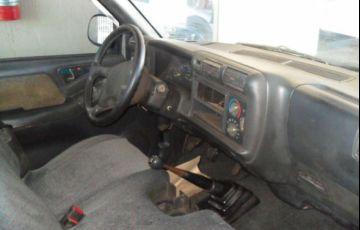 Chevrolet S10 4X2 Cabine Simples 2.2 8V - Foto #5