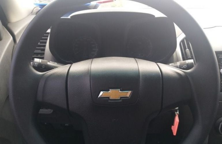 Chevrolet S10 LS 4X2 Cabine Simples 2.4 Flexpower - Foto #10