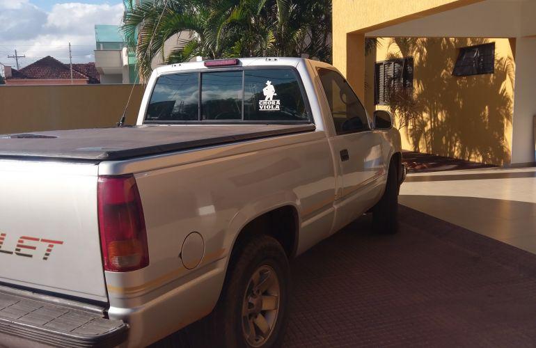 Chevrolet Silverado Pick Up DLX 4.2 - Foto #5