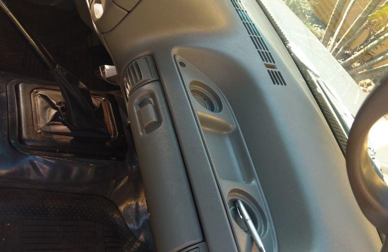 Chevrolet Silverado Pick Up DLX 4.2 - Foto #6