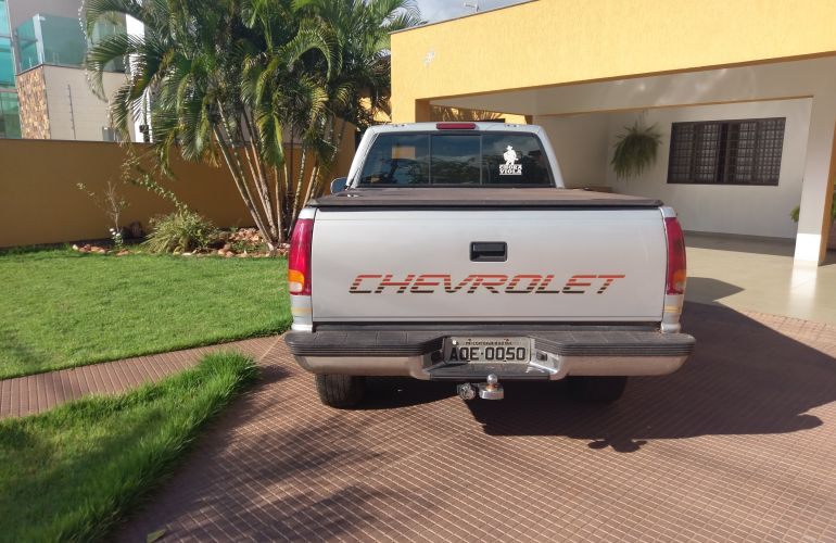 Chevrolet Silverado Pick Up DLX 4.2 - Foto #9