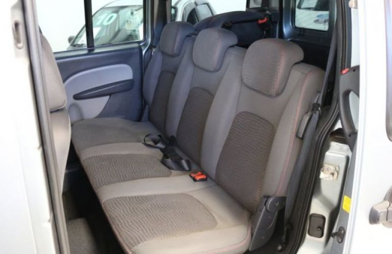 Fiat Doblò Adventure Xingu 1.8 MPI 16v Flex - Foto #10