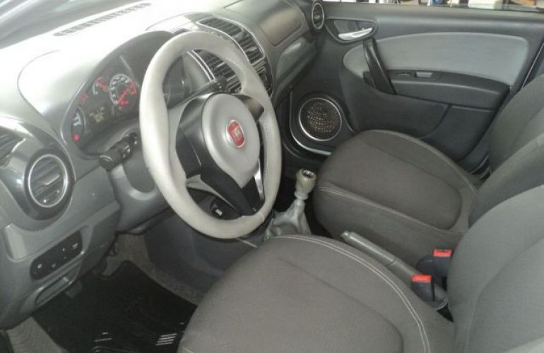 Fiat Grand Siena Attractive 1.4 EVO Flex - Foto #6