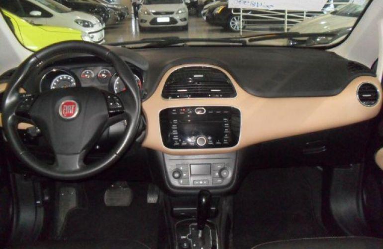 Fiat Linea Absolute Dualogic 1.8 16V Flex - Foto #6