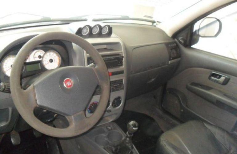 Fiat Strada Adventure Cabine Dupla 1.8 MPI 16V Flex - Foto #4