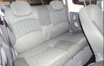 Fiat Strada Adventure Cabine Dupla 1.8 16V - Foto #4