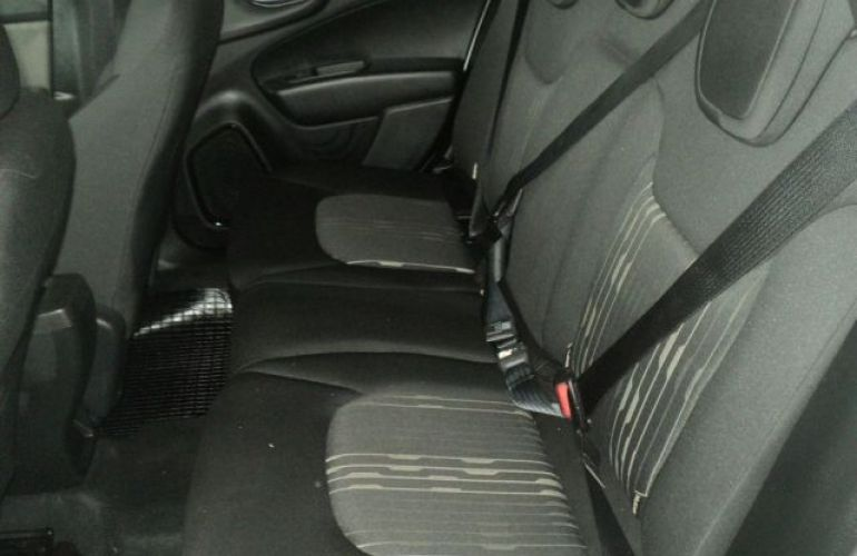 Fiat Toro Freedom 4X4 2.0 16v Diesel - Foto #7