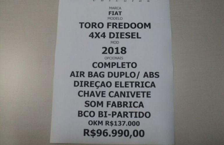Fiat Toro Freedom 4X4 2.0 16v Diesel - Foto #9