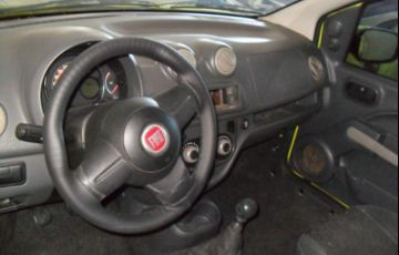 Fiat Uno Vivace 1.0 8V Flex - Foto #4
