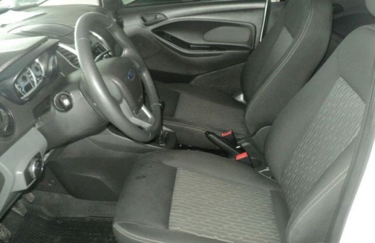 Ford KA SE 1.5 - Foto #7