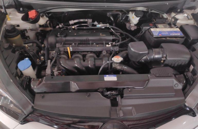 Hyundai HB20S 1.6 Comfort Style - Foto #9