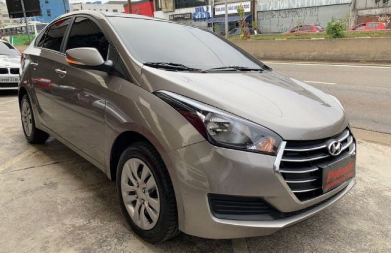 Hyundai HB20S Comfort Plus 1.0 12V Flex - Foto #2
