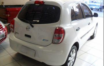 Nissan March SV 1.6 16V Flex - Foto #10